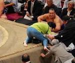 相撲ハプニング